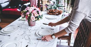 Make Your Holiday Dinner Hearing Friendly in 5 Steps