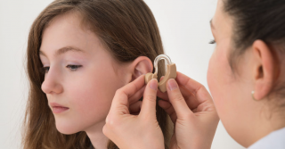 What to expect in the first month with a new hearing aid